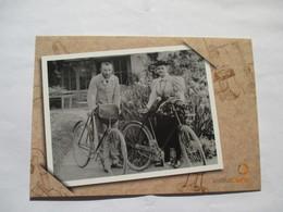 Pierre Et Marie Curie à Sceaux Durant Leur Voyage De Noces  Vélo Cycle Institut Curie - Postcards