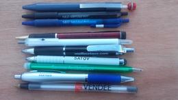 Lot De 10 Stylo Publicitaire (Encre Bleu Et Noir) - Pens
