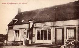 Rueil-la-Gadelière  28    Le Café  Guilmain-Mercerie-Tabac_Animé  Avec Pompe A Essence - Autres Communes