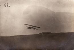 Photo Avril 1915 Camp (champ) D'aviation De ROMORANTIN - Départ De Fonck ?? Sur Un Avion Farman MF 11 (A202, Ww1, Wk 1) - Romorantin