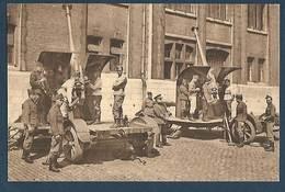 Armée Belge - Bruxelles - Laeken - Caserne D.T.C.A. - Une Section De 75. Court-recul - Casernes