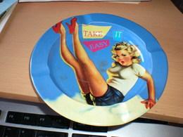 Pin Ups Girl Take It Easy - Métal