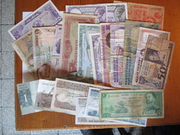 Lot De 21 Billets Divers - Coins & Banknotes