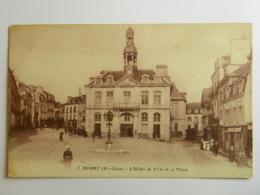 CPA (56) Morbihan - AURAY - L'Hôtel De Ville Et La Place - Auray