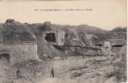 Un Fort Dans La Meuse - Guerre 1914-18