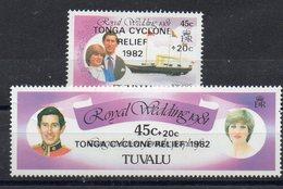 TUVALU   Timbres Neufs ** De 1982   ( Ref 2406A )  Surchargé Cyclone - Tuvalu