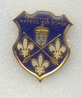 Rare Pin's Tir à L'ar Archery Mareuil Sur Ourcq - Tir à L'Arc