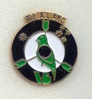 Rare Pin's Tir à L'ar Archery  Villers Bretonneux (Département 80) - Tir à L'Arc