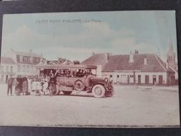 Gravelines - Petit Fort Philippe - La Place Autobus Salomé. Superbe Plan Animé. - Gravelines