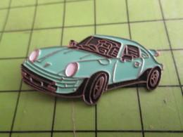 916c Pin's Pins / Beau Et Rare / THEME AUTOMOBILE : PORSCHE 911 COULEUR BLEU OEUF DE CANARD - Porsche