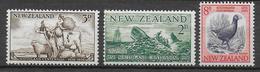 NEW ZEALAND - YVERT N° 349/351 * MH - COTE = 4.5 EUR. - Unused Stamps
