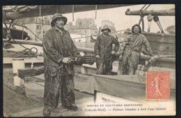 PAIMPOL -  MOEURS ET COUTUMES BRETONNES N° 159- Pêcheurs Islandais à Bord D'une Goêlette - - Paimpol