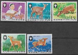 Corée Du Nord, Neufs Sans Charniére,  Protection De La Nature. Le Cerf Sika, MINT NEVER HINGED - Corée Du Nord