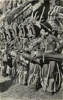 Pays Div -ref N241- Papouasie - Ethnologie - Danseurs Battant Le Tambour Et Chantant - Carte Bon Etat  - - Papua New Guinea