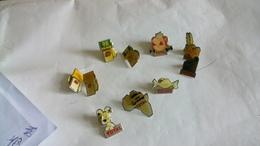 Lot De 10  Pin's Total - Badges
