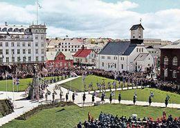 1 AK Island Iceland * Islands National Feiertag 17. Juni In Der Hauptstadt Reykjavík Vor Der Domkirche * - Iceland