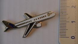 PIN'S - AVIONS - AIRBUS 320 - Luftfahrt