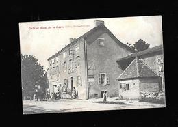 C.P.A. D UN CAFE A UCHIZY 71 - France