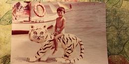 Soviet Beach - Petit Garçon Nu - Young Semi Naked Boy - Vintage Photography 1980s Old USSR Photo - Photos