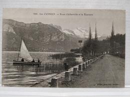 Lac D'Annecy. Route D'Albertville Et La Tournette. Animée - Annecy