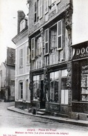 JOIGNY (Yonne) - Place Du Pilori - Joigny