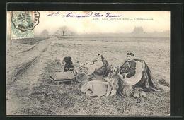 AK Les Douaniers, L'Embuscade, Grenzwachen Mit Hunden - Zoll