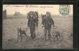AK Less Douaniers, Départ Pour L'Embuscade, Grenzer Mit Hunden - Zoll
