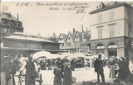 Carte Postale Ancienne De Reims Le Marché - Reims