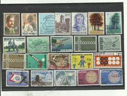 LOT DE  22 Timbres Belgique - Timbres