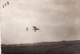 Photo Avril 1915 ROMORANTIN - Départ De Rossignol Sur Un Avion Voisin 10 (N° 453), Aviation (A202, Ww1, Wk 1) - Romorantin
