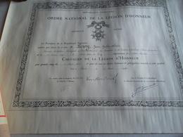 DIPLÔME CHEVALIER DE LA LÉGION D'HONNEUR 1948 AVEC SON ROULEAU - Diploma & School Reports