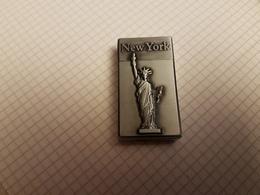 Briquet NEW YORK - Briquets