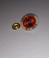 Pin's Coca Cola Always Partners M.I.T. Technologie De Berlin (époxy) Diamètre: 2,6 Cm - Coca-Cola