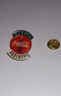 Pin's Coca Cola Always Partners (époxy) Hauteur: 2,9 Cm - Coca-Cola