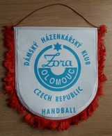 Pennant Women's Handball Club Zora Olomouc Czech Republic 37x37cm - Handball