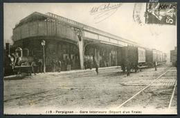 Reproduction Ancienne D'une CPA - Perpignan - Gare Intérieure (Départ D'un Train) - Voir 2 Scans - Perpignan