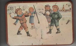 Boîte Tôle Litho ( Enfants Et Bonhomme De Neige ) - Boxes