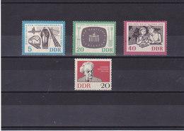 RDA 1962  Yvert 629 + 635-637 NEUF** MNH - [6] République Démocratique