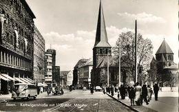 ESSEN-RUHR, Kettwigerstrasse Mit 1100jähr. Münster, VW Bus Und Beetle (1955) AK - Essen