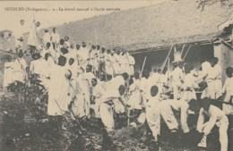 BETSILEO - MADAGASCAR - Le Travail Manuel à L'école Normale. - Madagascar