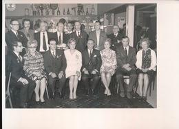 MERELBEKE  FOTO 1973 - 74  18 X 13 CM - ERETEKENS EN AFSCHEID REINPERSONEEL VAN GENT ST.PIETERS - Merelbeke