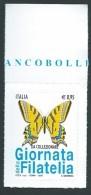 Italia 2016; Giornata Della Filatelia Con Farfalla Macaone. Francobollo Di Bordo Superiore. - 6. 1946-.. Repubblica
