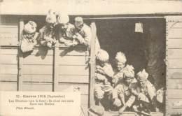 MILITARIA - Guerre De 14 - Les Hindous Vers Le Front; Ils Rient Aux Amis - Gare Aux Boches ! INDIA ARMY - Guerre 1914-18