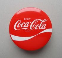 - Boite En Métal. COCA COLA - - Coca-Cola