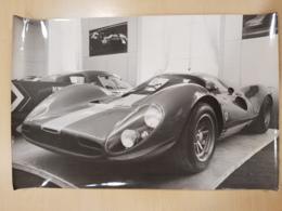 Photo Reporters Associés Format 20cm X 30cm Une Ferrari P4 - Automobiles