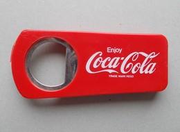 - Ouvre-bouteilles. Décapsuleur. COCA COLA - - Bottle Openers & Corkscrews