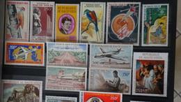 Collection Haute Volta Et Cameroun ** Dont PA Et Belles Valeurs + 21 épreuves De Luxe Du Niger. Cote +++ !!! - Collections (en Albums)