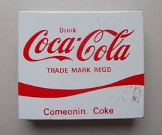 - Boite à Cigarettes. COCA COLA - - Coca-Cola