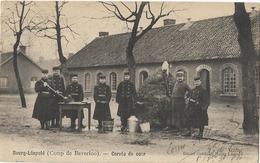 BELGIQUE CAMP DE BEVERLOO CORVEE DE COUR - Leopoldsburg (Camp De Beverloo)