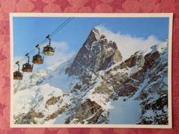Dep 05 , Cpm 2504 ,  La MEIJE ,  3982 , Téléphérique Des Glaciers De La Meije  (14.941) - Francia